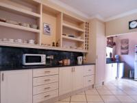 Kitchen - 12 square meters of property in Garsfontein
