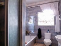 Bathroom 2 - 7 square meters of property in Garsfontein