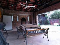 Patio - 33 square meters of property in Garsfontein