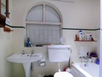 Bathroom 1 - 6 square meters of property in Garsfontein