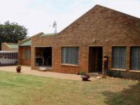 4 Bedroom 2 Bathroom House for Sale for sale in Riamarpark