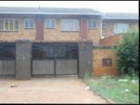 3 Bedroom 2 Bathroom Duplex for Sale for sale in Windsor