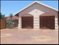 6 Bedroom 2 Bathroom House for Sale for sale in Lenasia
