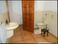 Bathroom 1 - 10 square meters of property in Buccleuch