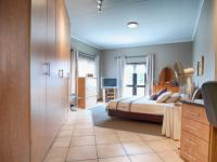 Main Bedroom - 35 square meters of property in Irene Farm Villages