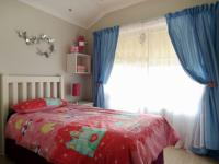 Bed Room 2 - 11 square meters of property in Faerie Glen