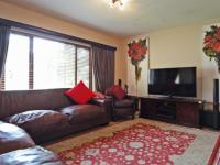 Lounges - 21 square meters of property in Boardwalk Meander Estate
