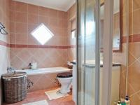 Bathroom 1 - 7 square meters of property in Boardwalk Meander Estate