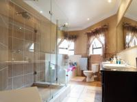Bathroom 2 - 12 square meters of property in The Wilds Estate