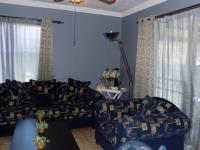 Lounges - 16 square meters of property in Wonderboom South