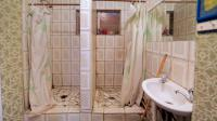 Bathroom 1 - 12 square meters of property in Mayville