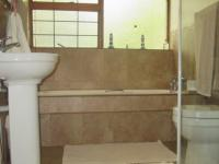 Bathroom 1 - 6 square meters of property in Henley-on-Klip