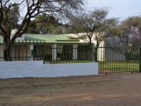 4 Bedroom 4 Bathroom House for Sale for sale in Olifantshoek