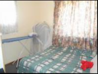 Bed Room 1 - 10 square meters of property in Glenmarais (Glen Marais)
