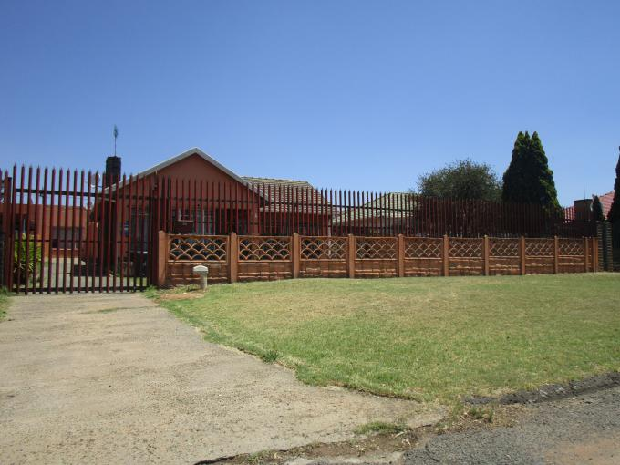 Standard Bank EasySell 3 Bedroom House for Sale For Sale in Roseacre - MR150388