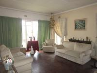 Lounges - 30 square meters of property in Roseacre