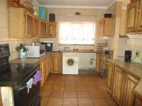 Kitchen - 24 square meters of property in Roseacre