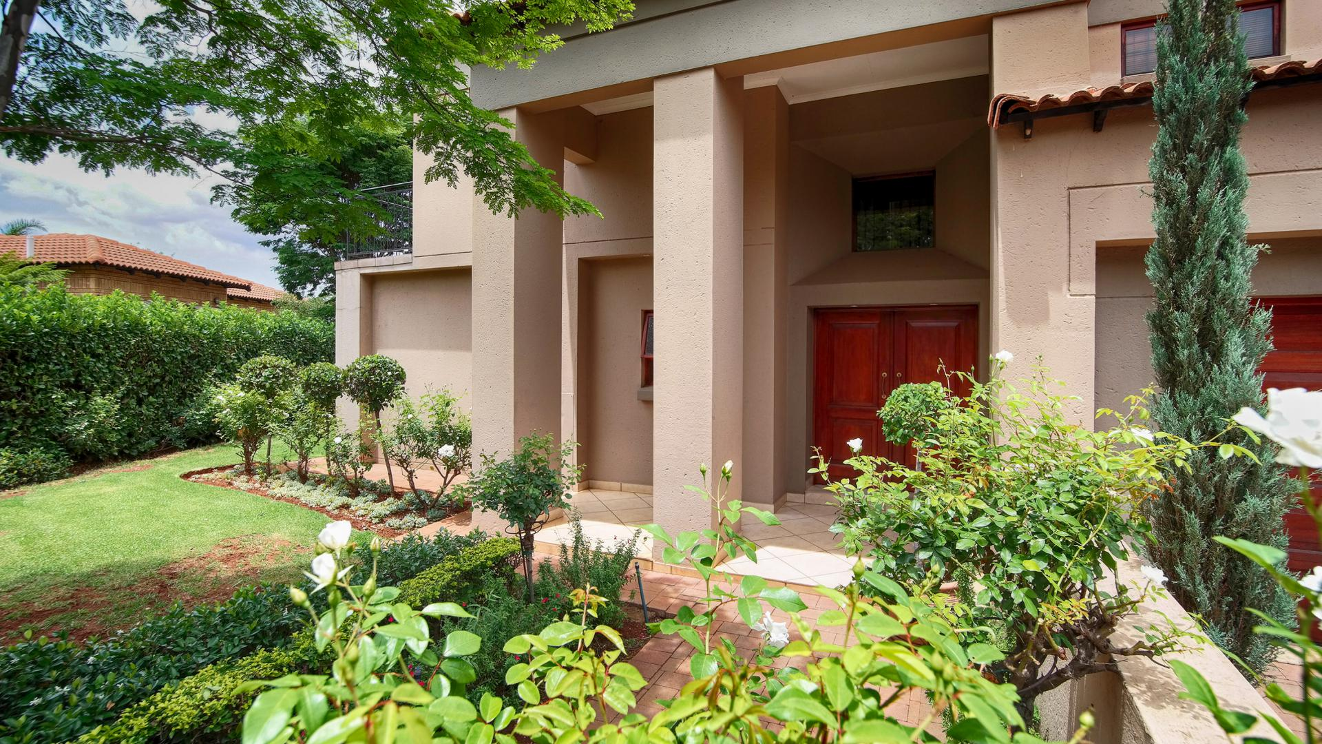 5 Bedroom House For Sale For Sale In Woodhill Golf Estate