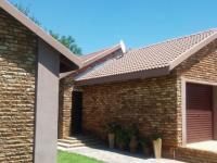 3 Bedroom 3 Bathroom House for Sale for sale in Hartebeesfontein