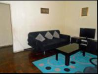 Lounges - 18 square meters of property in Crosby