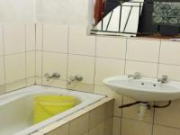 Bathroom 1 - 5 square meters of property in Mitchells Plain