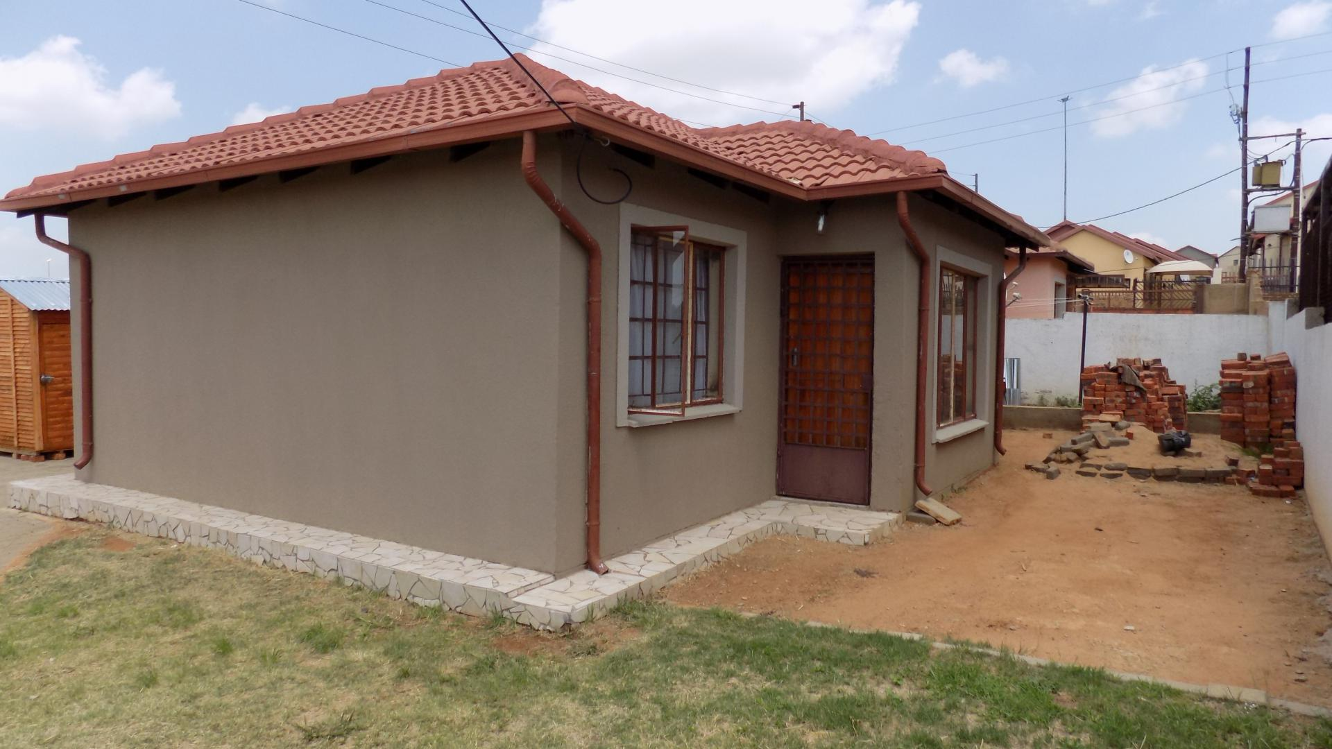 3 Bedroom House For Sale For Sale In Lotus Gardens Home