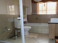Main Bathroom - 6 square meters of property in Mooikloof