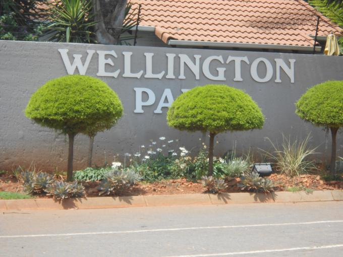 Standard Bank EasySell 3 Bedroom Sectional Title for Sale in Weltevreden Park - MR151121