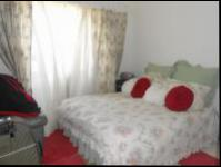 Main Bedroom - 16 square meters of property in Malanshof