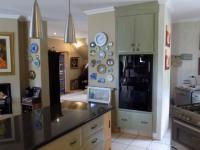 Kitchen - 23 square meters of property in Melodie