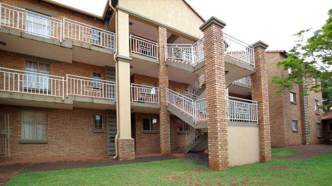 Standard Bank EasySell 2 Bedroom Cluster for Sale in Centurion Central (Verwoerdburg Stad) - MR151368