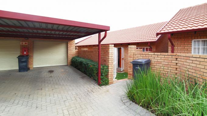 Standard Bank EasySell 3 Bedroom House for Sale For Sale in The Reeds - MR151410
