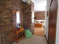 Spaces - 24 square meters of property in Sunward park