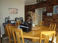 Dining Room - 24 square meters of property in Sunward park