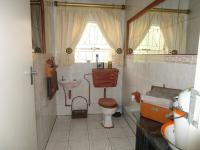 Bathroom 1 - 6 square meters of property in Sunward park