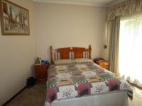 Main Bedroom - 35 square meters of property in Sunward park