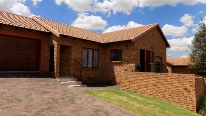 3 Bedroom House for Sale For Sale in Thatchfields - Private Sale - MR151622