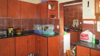 Kitchen - 19 square meters of property in Eldoraigne
