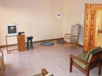 Lounges - 69 square meters of property in Sinoville
