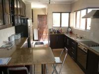 Kitchen - 25 square meters of property in Amberfield
