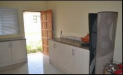Kitchen - 16 square meters of property in Sagewood