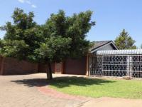 3 Bedroom 2 Bathroom House for Sale for sale in Olifantshoek