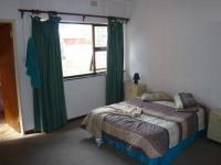 Main Bedroom - 17 square meters of property in Windsor Park - CPT
