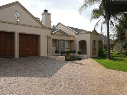 4 Bedroom House For Sale in Waterkloof - Private Sale - MR15230