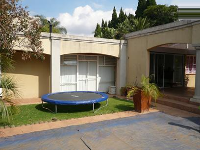 4 Bedroom House For Sale in Waterkloof - Private Sale - MR15232