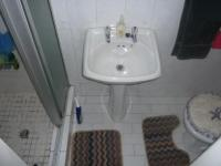 Bathroom 1 - 2 square meters of property in Claremont (CPT)