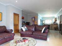 Lounges - 20 square meters of property in Silver Lakes Golf Estate