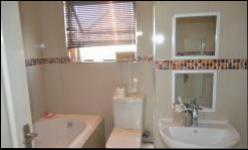 Bathroom 2 - 7 square meters of property in Centurion Central (Verwoerdburg Stad)