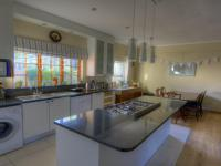 Kitchen - 13 square meters of property in Claremont (CPT)