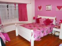 Bed Room 1 - 16 square meters of property in Orange Grove